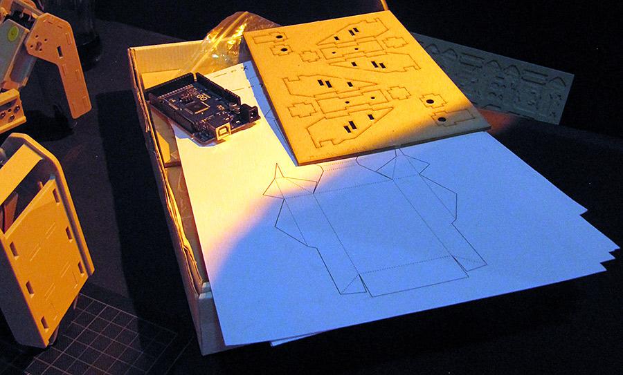 Papiervorlagen für ZURI von Zoobotics