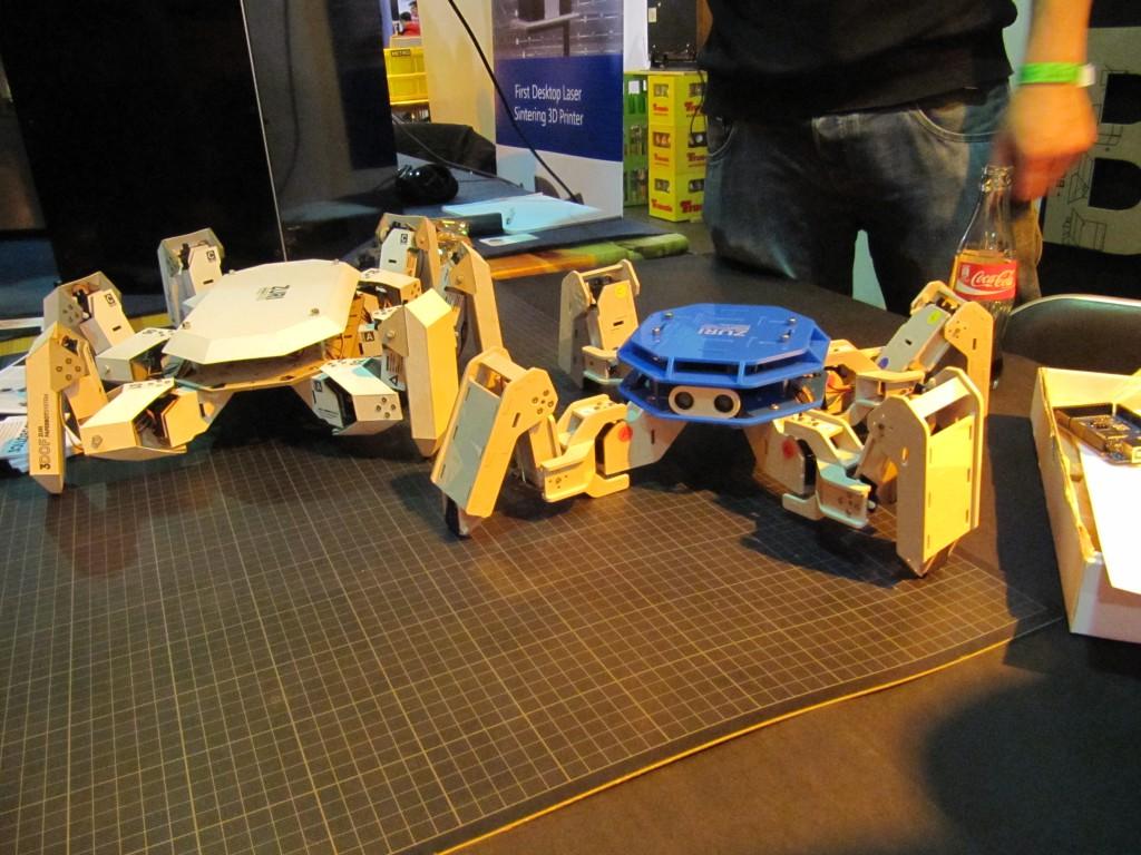 Der Roboter ZURI der Firma Zoobotics