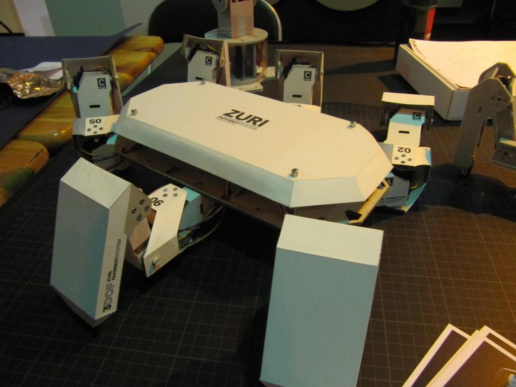 Der Roboter ZURI von Zoobotics