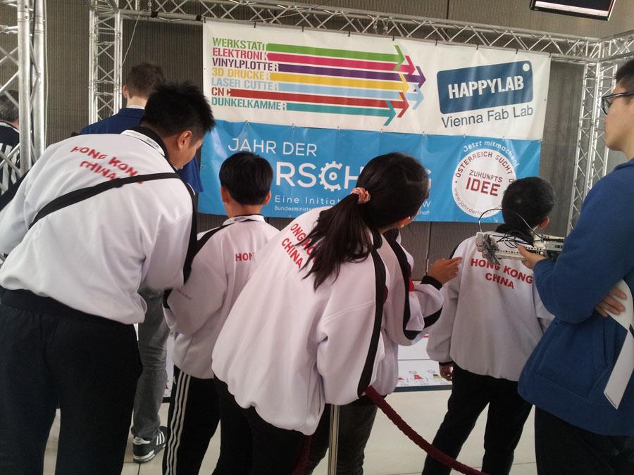 Das chinesische Team in der Kategorie Line Follow