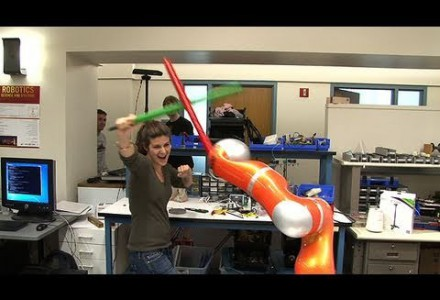 Schwertkämpfender Roboter Teil 2