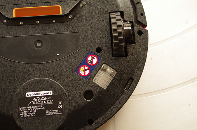 Die UV-Desinfektionslampe des PCR 3550 UV ist recht klein. © Roboterwelt.de